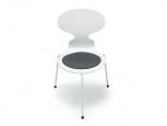 Sedák na stoličku Jacobsen Ameise
