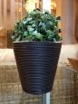 Keramický kvetináč+umelý ratan