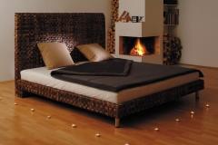 Baja posteľ 180 cm
