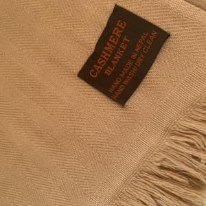 Kašmírová deka Camel
